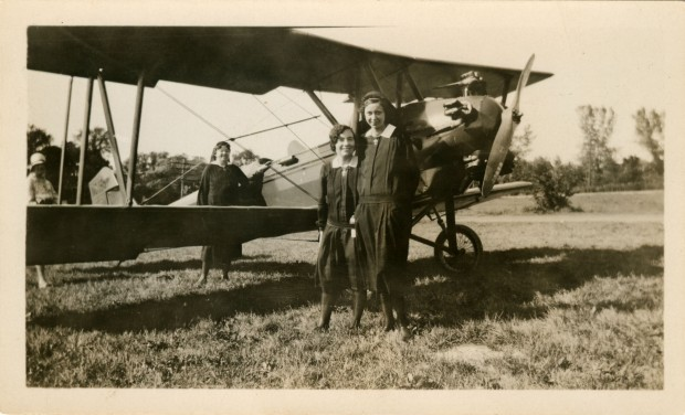 BMD ULCA 61.5.5 b2 f9 deaconesses with biplane