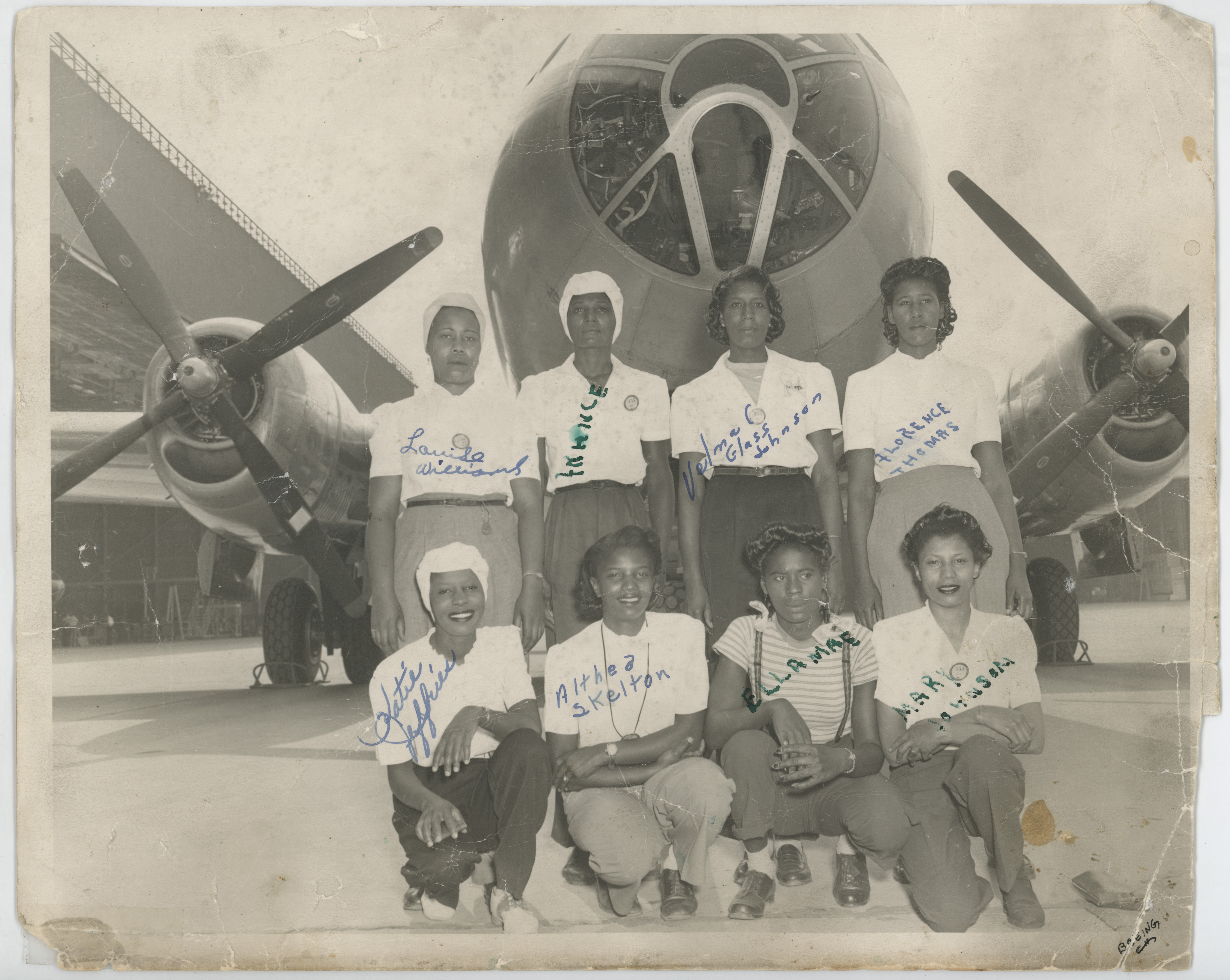 [African-American Rosies with Boeing B-29 Superfortress]